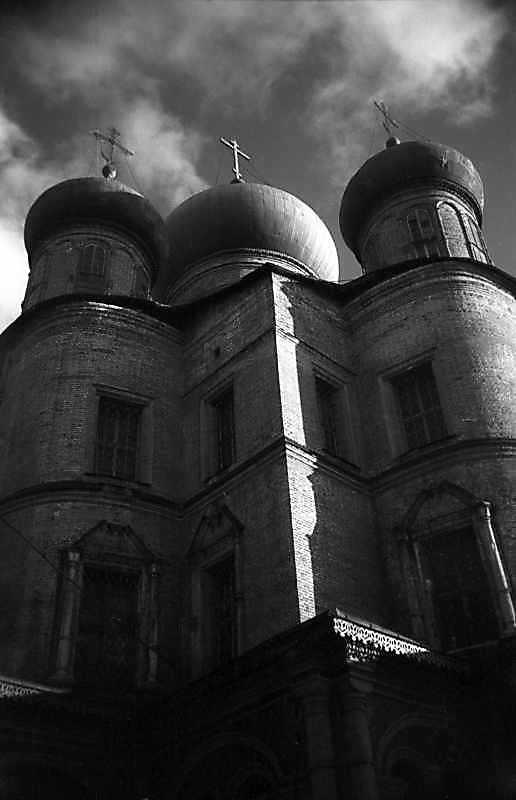 Новий собор Донського монастиря (Москва). Вигляд з північного заходу. Фото 25 листопада 1980 р.