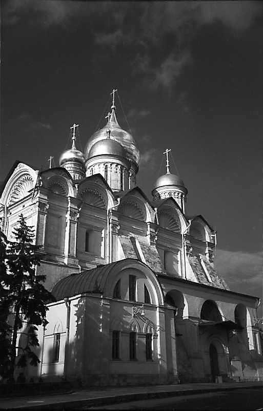 Архангельський собор московського Кремля. Вигляд з південного заходу. Фото 31 серпня 1981 р.