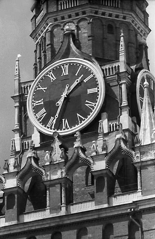 Великий годинник Спаської башти. Фото, 16 липня 1986 р.