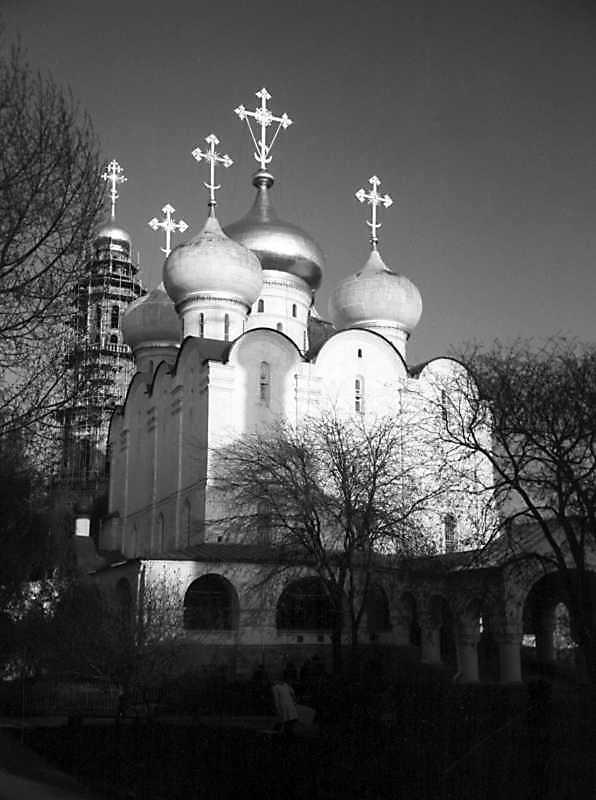 Собор Смоленської ікони богородиці Новодівичого монастиря (Москва). Вигляд з північного заходу. Фото 5 травня 1979 р.