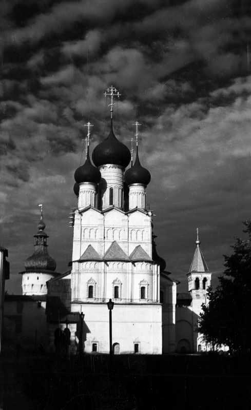 Церква св.Іоана Богослова в ростовському Кремлі. Вигляд зі сходу. Фото 21 серпня 1976 р.
