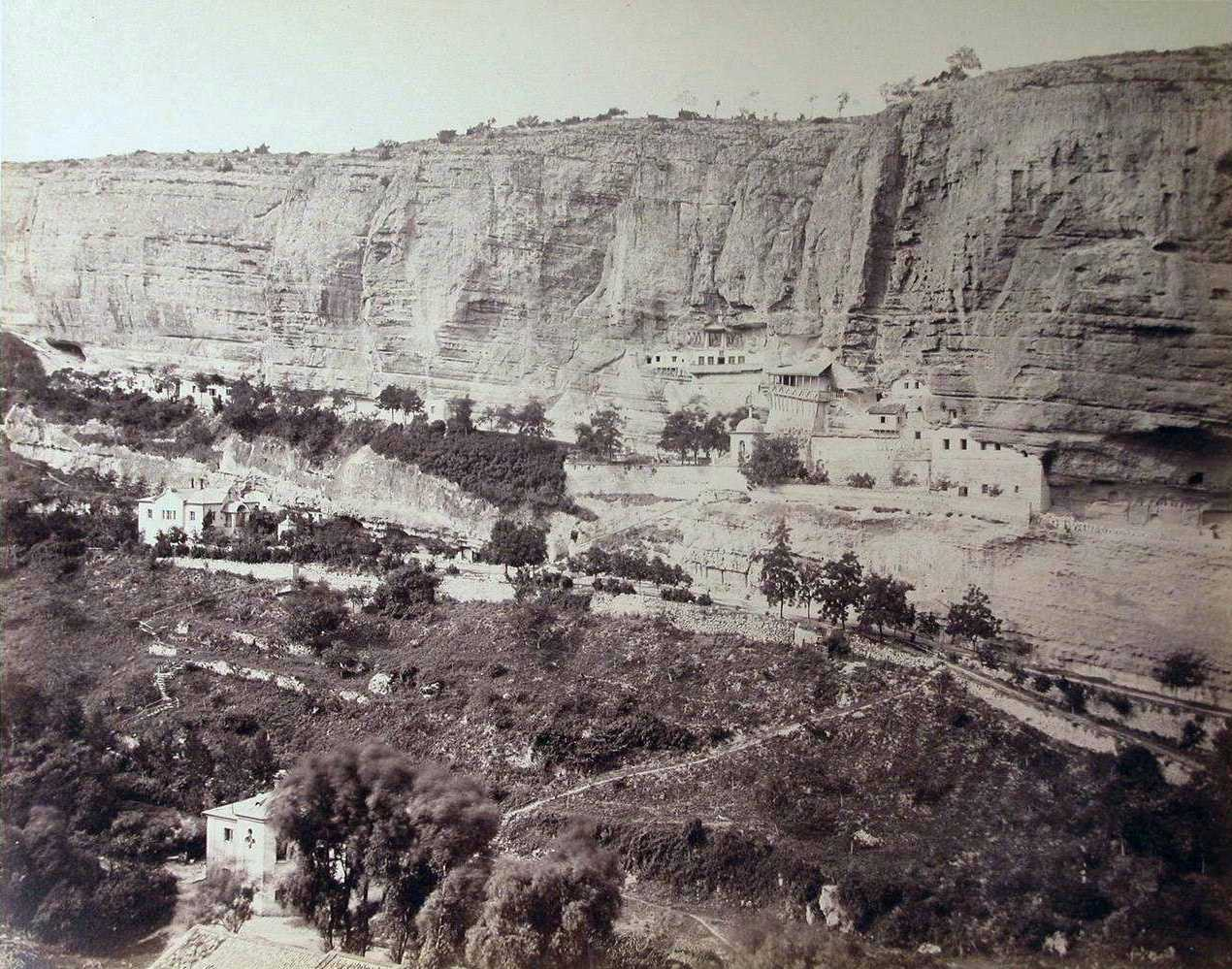 The left side of the panorama of the Assumption monastery in Bakhchisarai. From the user's album Humus at «LiveJournal».